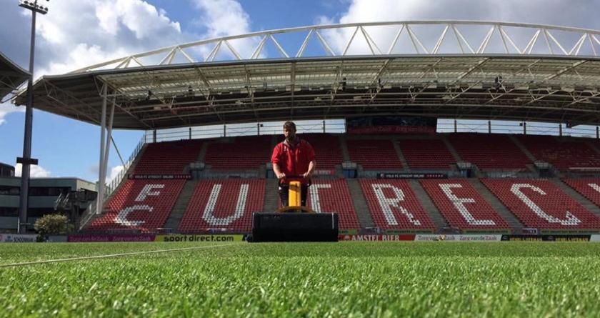 FC Utrecht specify Infinicut Groomer