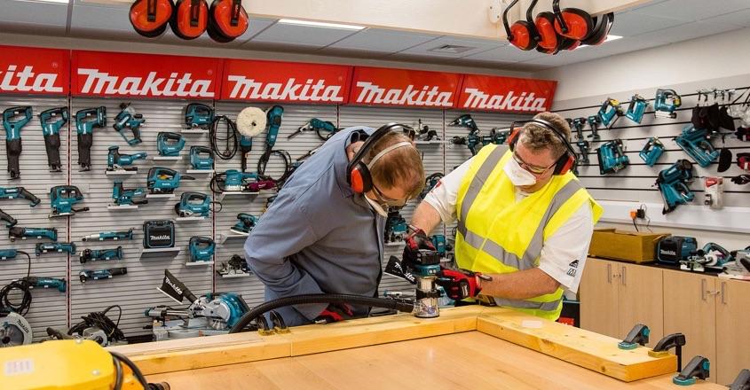 Makita's latest split-shaft multi-tool