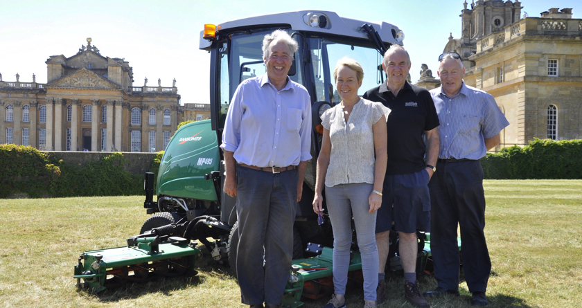 Ransomes chosen for Palace Gardens