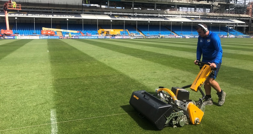 Cub Cadet helps at Headingley