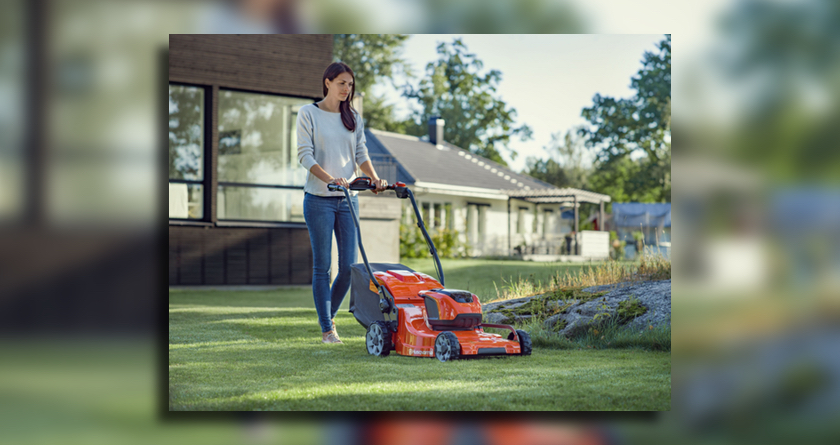 New Bluetooth battery lawnmower