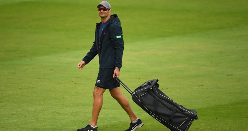 Somerset CCC's head coach praises Ground-Staff as players train outside