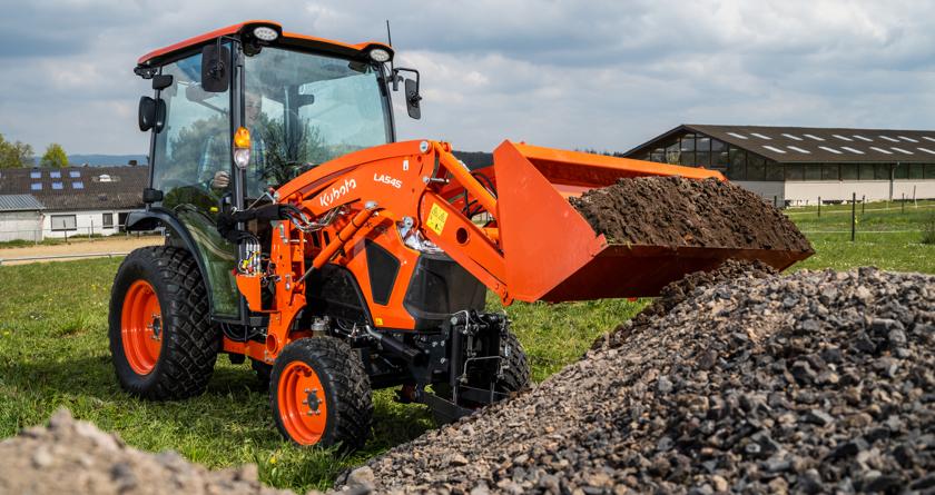 Kubota launches new multifunctional LX compact tractor range